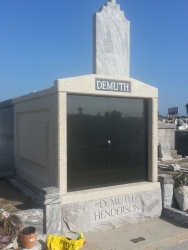 Customized four-space mausoleum in New Orleans, LA