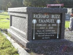 Single basic mausoleum in deep gray in Lynn Haven, FL