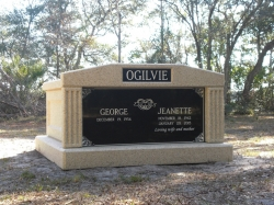 Side-by-side deluxe mausoleum with fluted columns in Jacksonville, FL