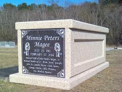 Single basic mausoleum in Moss Point, MS