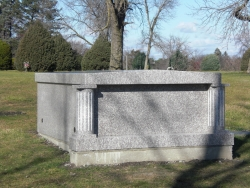 Granite side-by-side 2-space mausoleum in Oak Lawn, IL